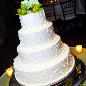 Wedding Cakes | T&C Bakery